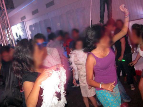 Media Report Girls Created Dramatic Scenes Kozhikode