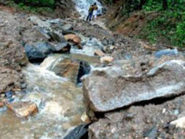 Heavy Rain Landslip Kakkayam Kozhikode