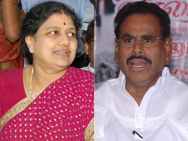 Sasikala Wants 15 Day Parole Meet Her Husband M Natarajan