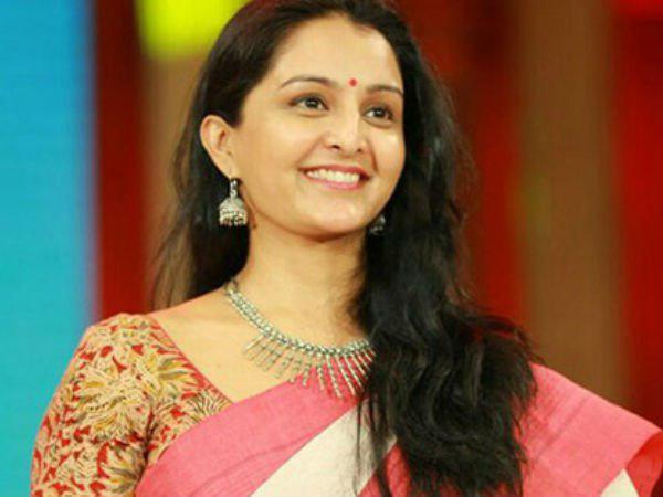 Manju Warrier Seeks Govt Help For Her New Film Udaharanam Sujatha