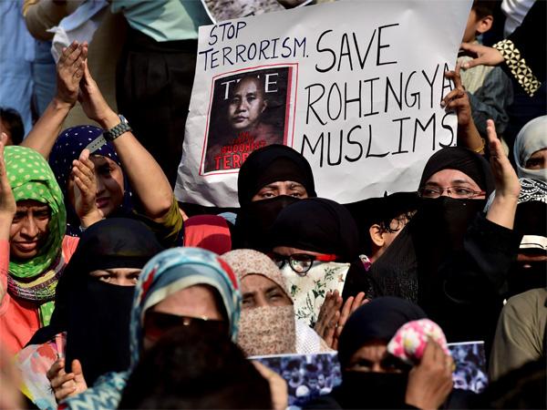 Don T Deport Rohingya Refugees Supreme Court Tells Modi Govt