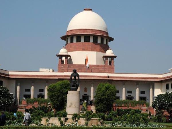 Linking Aadhaar With Mobile Sc Tells Govt File Reply 4 Week