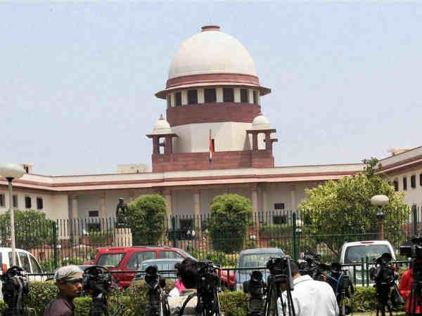 High Voltage Drama Supreme Court As Cji Takes Charge Medical Scam Case