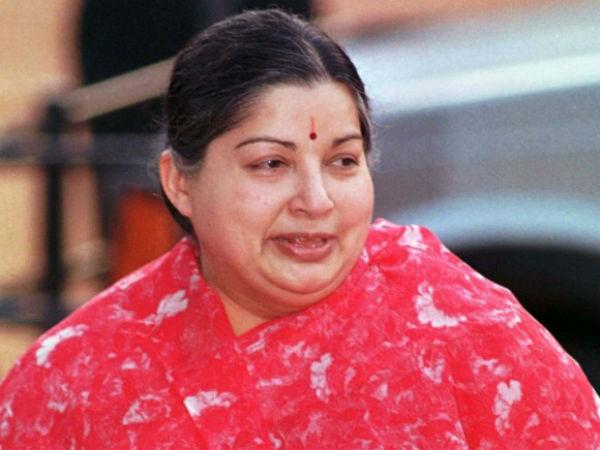 Jayalalithaa Death Probe Panel Issues Summons Sasikala Apollo Management