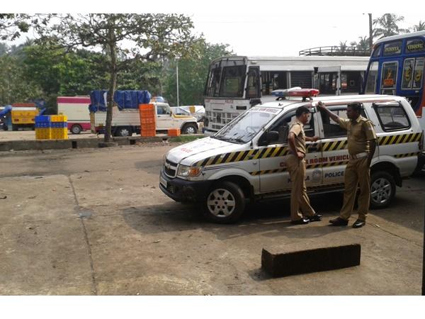 തൊഴിലാളികൾ തമ്മിൽ കടലിൽ സംഘർഷം; ചോമ്പാല ഹാർബറിൽ ഹാർത്താൽ
