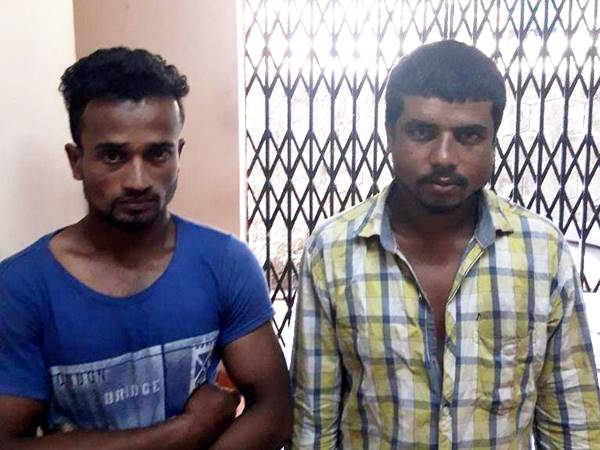 Auto Driver Caught The Assamese Who Tried To Attack The Girl