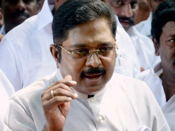 The Aiadmk Dinakaran Supporters Were Brought The Conflict