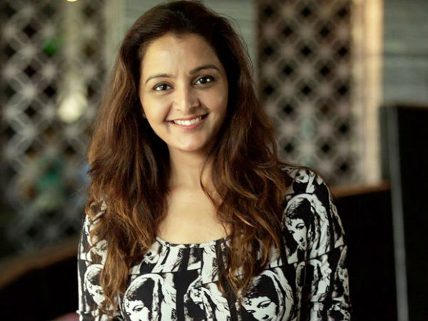 Ockhi Cyclone Actress Manju Warrier Has Given Five Lakhs Relief Fund