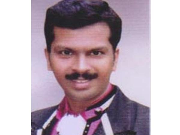 Saneesh Vadakara Got Suvarna Vismayam Award