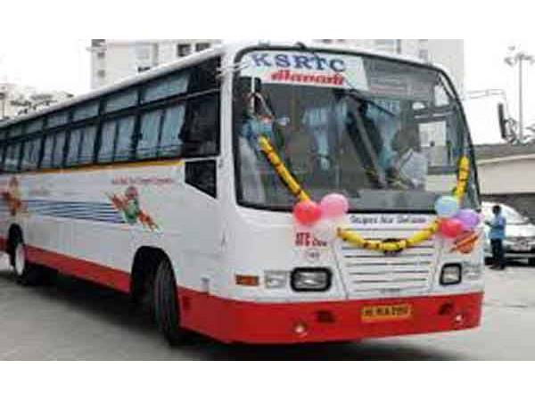 Women S Commision Asked To Charge Case Against The Minnal Bus Incident
