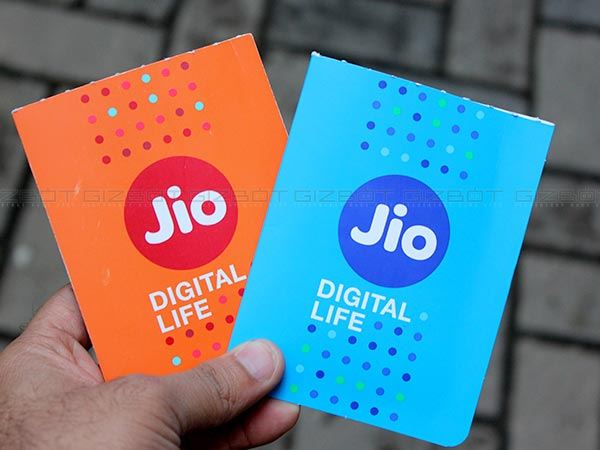 Jio Phone Users Can Now Avail Unlimited Calls 1gb 4g Data For 28 Days