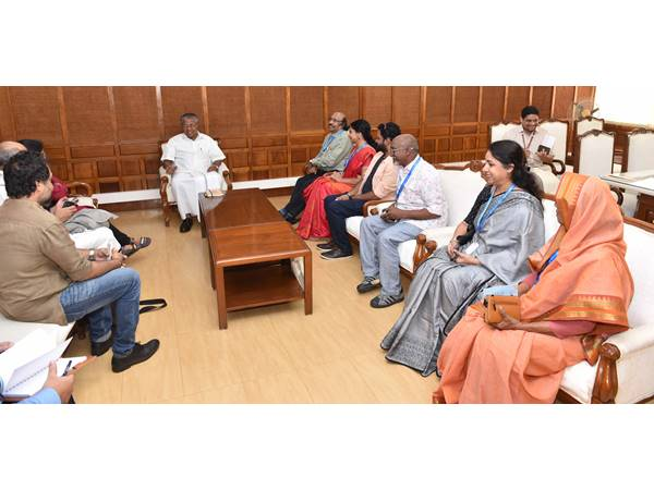 Kerala Goverment Is Here To Care For You Says Kerala Chief Minister To Expats