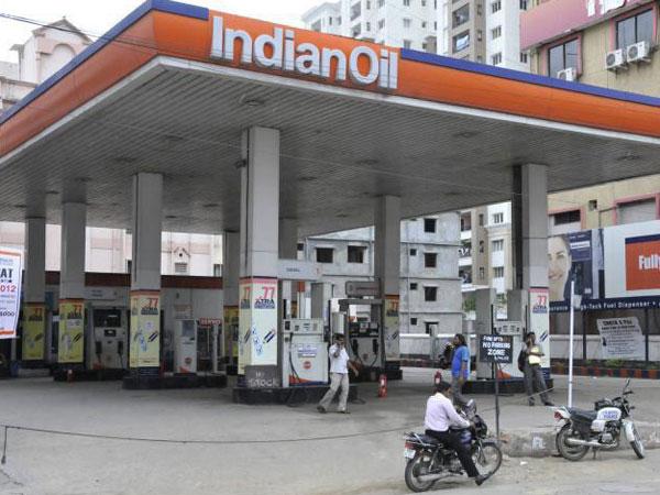 Ioc Lorry Drivers On Strike Facing Fuel Shortage Kerala