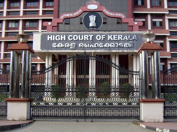 High Court Stayed The News Ban Sreejith Vijayan Case