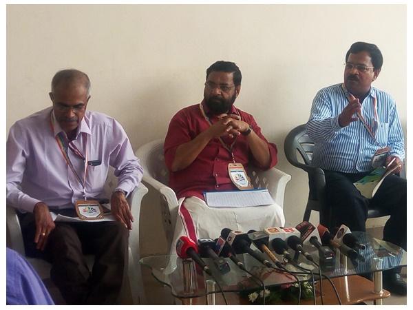Kerala Bank Will Not Good Says Chennithala Worries Will Solved Says Kadakampally