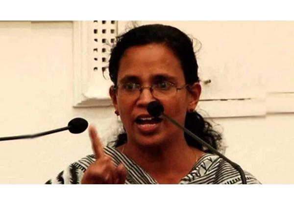 ശുഹൈബ് വധം: ടിപി കേസിലെ പ്രതികള് ആസൂത്രണം ചെയ്തതെന്ന ചെന്നിത്തലയുടെ ആരോപണം ശരിയെന്ന് ആര്എംപി