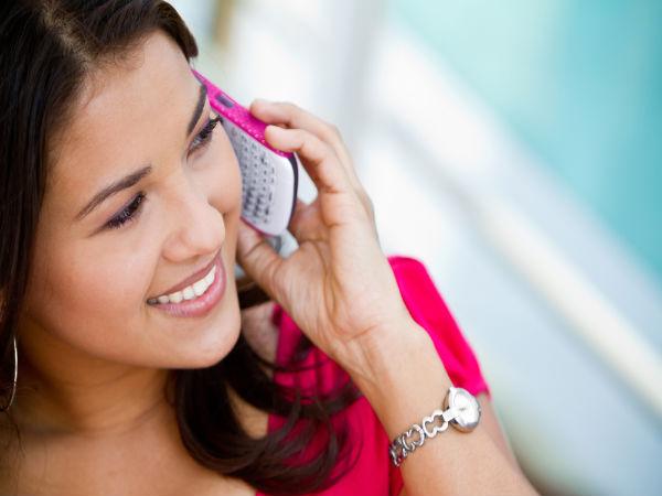 One 3 Indian Women Receive Offensive Calls Sms Truecaller Survey