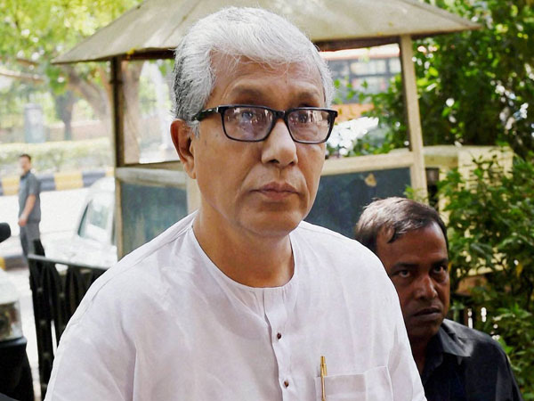 Caught In A Time Warp Manik Sarkar Missed Several Wake Up Calls
