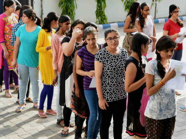 Neet Exam 2018 Cbse Issued Instructions About Dress Code