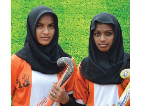 ദേശീയ സ്കൂള് ഗെയിംസില് പങ്കെടുക്കാന് മലപ്പുറത്തു നിന്നും രണ്ട് പെണ്കുട്ടികള്