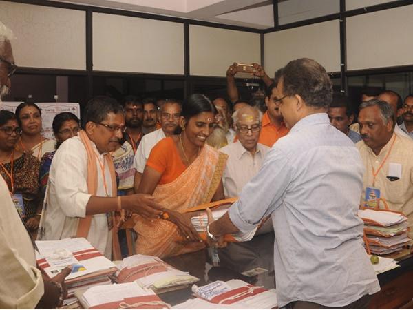 Chairman Kp Shashikala Teacher In Hindu Aikyavedi