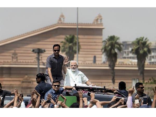 ദില്ലി- മീററ്റ് എക്സ്പ്രസ് ഹൈവേ രാജ്യത്തിന് സമര്പ്പിച്ചു: റോഡ് മലിനീകരണത്തില് നിന്ന് മോചനമെന്ന്