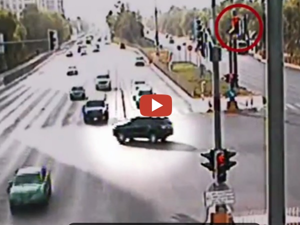 Car Accident On Abu Dhabi Road