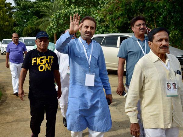 Back To Resorts For Gujarat Congress Panchayat Men Are In Rajasthan