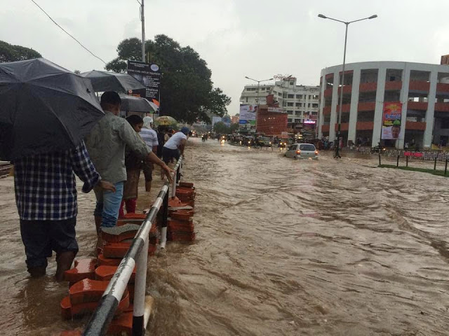 thampanoor-flood-