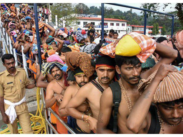 വിലക്ക് ലംഘിച്ച് കൂടുതൽ ബിജെപി നേതാക്കൾ ശബരിമലയിൽ; സുരക്ഷശക്തമാക്കി പോലീസ്