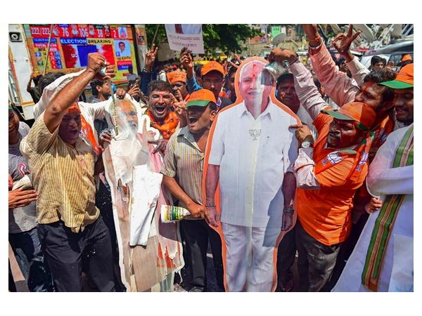 കർണാടക പിടിക്കാൻ ബിജെപി ചെലവഴിച്ചത് 122 കോടി; മൂന്ന് സംസ്ഥാനങ്ങൾക്ക് ആകെ 14 കോടി