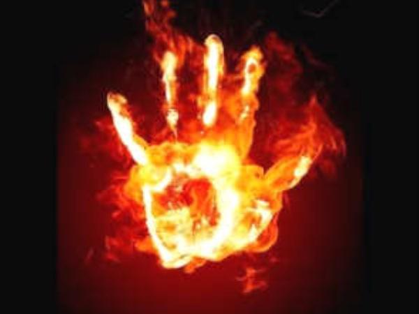 തിരുവല്ലയില് യുവാവ് തീകൊളുത്തിയ പെണ്കുട്ടി മരിച്ചു; 8 ദിവസമായി വെന്റിലേറ്ററിലായിരുന്നു