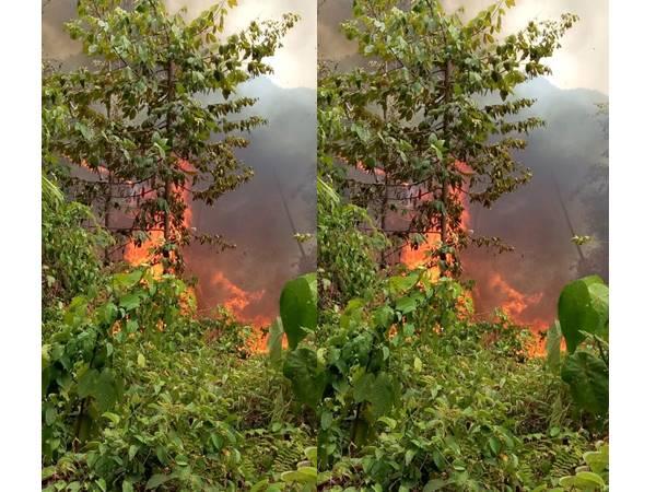 കര്ണാടക വനത്തിലെ കാട്ടുതീ:  കൊളുത്തിയത് വനംമാഫിയയാണെന്ന് മലയോരവാസികള്