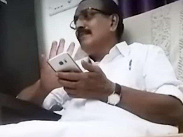 ഒളികാമറ വിവാദം: അന്വേഷണ റിപ്പോര്ട്ടിന് പിന്നാലെ എംകെ രാഘവന് കുരുക്ക്!! കേസെടുത്തു