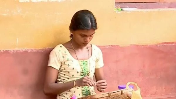 കൊറഗ വിഭാഗത്തിലെ ആദ്യ എംഫില് ബിരുദധാരി; ബിരുദത്തിന് രാഷ്ട്രപതിയുടെ വിരുന്ന് സല്ക്കാരം,  ഇന്ന് ഈ യുവതി ജീവിക്കുന്നത് ബീഡി തെറുത്ത്
