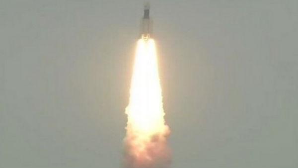 ചന്ദ്രയാന് 2 ചാന്ദ്ര ഭ്രമണപഥത്തില്; ശാസ്ത്രലോകം ലക്ഷ്യത്തിനടുത്ത്, പിന്നിട്ടത് നിര്ണായക ഘട്ടം