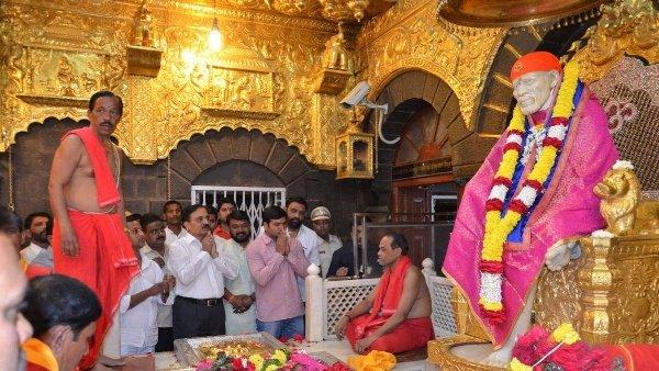 സായിബാബയുടെ ജന്മസ്ഥലം പത്രിയെന്ന് താക്കറെ; പ്രതിഷേധവുമായി ഷിര്ദ്ദി ട്രസ്റ്റ്,ക്ഷേത്ര നഗരം അടച്ചിടും