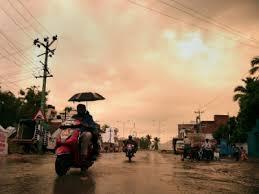 സംസ്ഥാനത്ത് ശക്തമായ മഴ തുടരും, ജൂലൈ 5 വരെ വിവിധ ജില്ലകളിൽ യെല്ലോ അലേർട്ട്