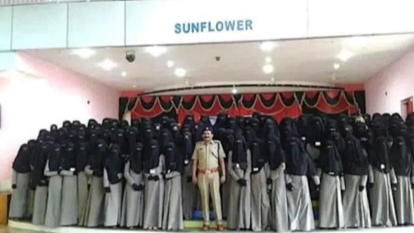 Fact Check Women Who Wore Burqa Is Not Kerala Women Police