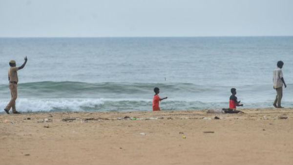 കൊവിഡ് കേസുകൾ കുതിക്കുന്നു, ആലപ്പുഴയിലെ ബീച്ചുകൾ ശനിയാഴ്ചയും അവധി ദിവസങ്ങളിലും ഏഴു മണി വരെ മാത്രം