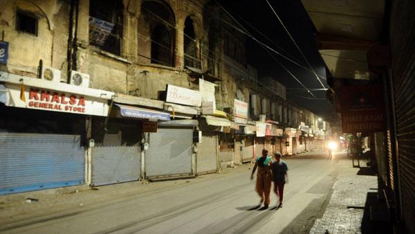 രാജസ്ഥാനിൽ ഒമ്പത് നഗരങ്ങളിൽ നൈറ്റ് കർഫ്യൂ: ഉത്തരവിറക്കി സർക്കാർ, 24 മണിക്കൂറിനുള്ളിൽ 6,200 കേസുകൾ
