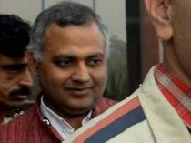 Police Officer Says Aap Leader Somnath Bharti Behaving Like Professional Criminal