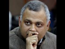 Aap Leader Somnath Bharti Surrenders Before Delhi Police
