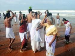 Pithru Tharppanam At Shankumukham Pictures