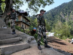 Indian Army Police Started Joint Anti Terror Operation Kashmir