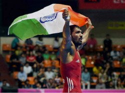 Yogeshwar Accept One Rupee As Dowry