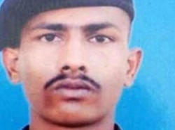 Pakistan Releases Indian Soldier Who Had Inadvertently Crossed Loc In