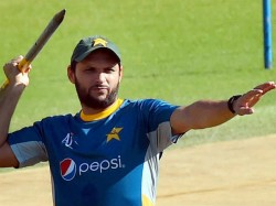 Afridi Plans Turn Freelance Player
