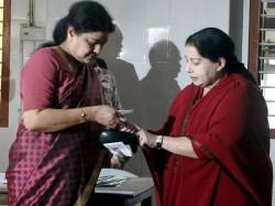 Famous Actress Rejini Criticize Sasikala In A Rude Manner