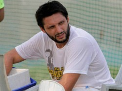 Afridi Announces Retirement